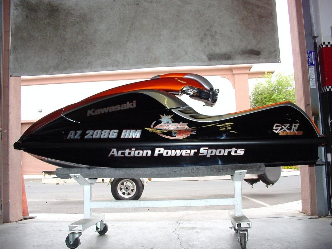 2010 SXR 800